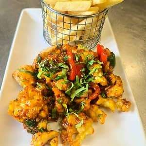 chilli-chicken-with-french (1)