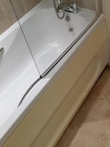 EOT Bath Clean